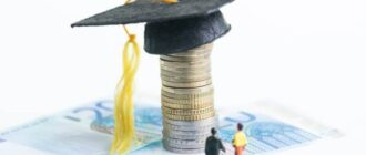 Как взять заемные средства в банке студенту